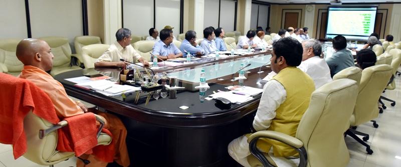 UPCM शास्त्री भवन में उत्तर प्रदेश ब्रज तीर्थ विकास परिषद की प्रथम बैठक की अध्यक्षता करते हुए