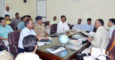 UPCM मंत्रिमंडल के विधि एवं न्याय मंत्री ने 'गोमती सफाई अभियान' की तैयारी हेतु अधिकारियों के साथबैठक की