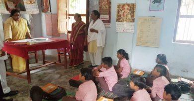 UPCM मंत्रिमंडल की बेसिक शिक्षा मंत्री ने स्कूल का आकस्मिक निरीक्षण किया