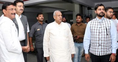 UPCM मंत्रिमंडल के खादी एवं ग्रामोद्योग मंत्री ने कहा U.P और झारखण्ड राज्य मिलकर खादी को बढ़ावा देंगे