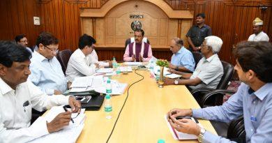 UP_Dy_CM ने कुम्भ मेले में नगर विकास और PWD के समस्त कार्यों में तेजी लाने के निर्देश दिए