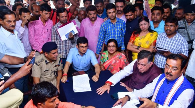 उप मुख्यमंत्री केशव प्रसाद मौर्य ने थाना समाधान दिवस का औचक निरीक्षण किया