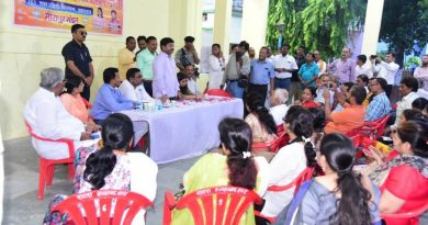 मंत्री नन्द गोपाल नन्दी ने प्रयागराज विशेष सदस्यता अभियान में लोगों को BJP की सदस्यता दिलवाई