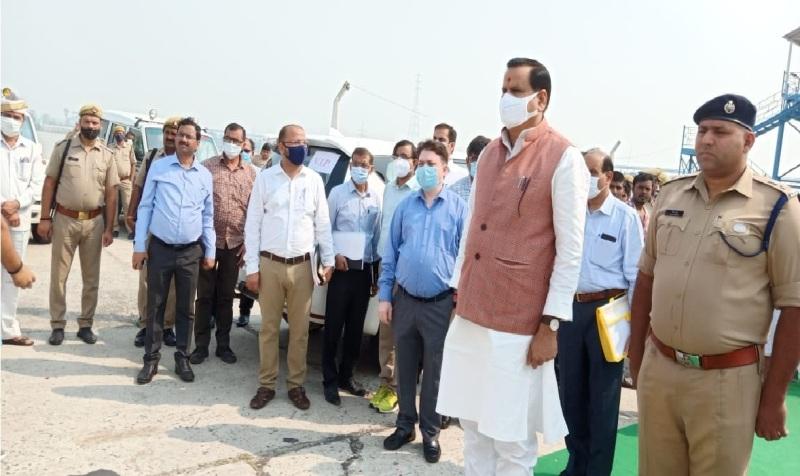 जलशक्ति मंत्री ने लखीमपुर खीरी, सीतापुर, बहराइच एवं बाराबंकी के बाढ़ग्रस्त क्षेत्रों का किया सर्वेक्षण